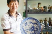 """King of ancient ceramics,"" Dinh Cong Tuong"